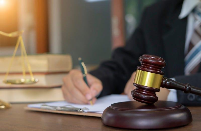 Panel finds Kansas prosecutor misled jurors in sex crimes case