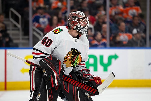 Robin Lehner minds the net for the Blackhawks.