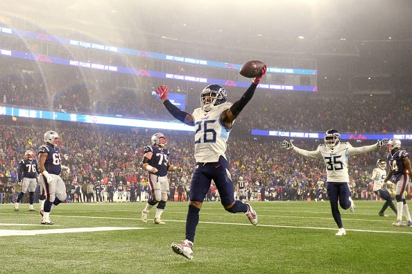Logan Ryan celebrates a touchdown for the Titans.