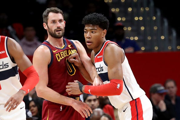 Kevin Love brushes up against Rui Hachimura.