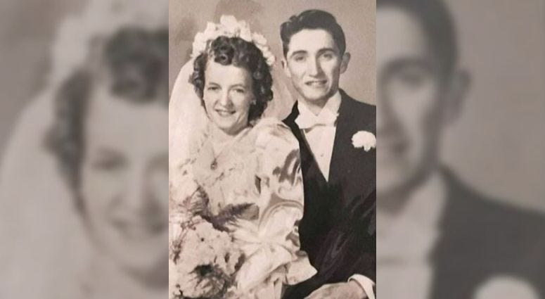 Wedding photo of Ilaine Murray and Elias Maxwell.