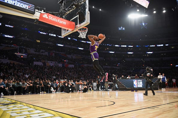 Donovan Mitchell dunks in the 2018 contest.
