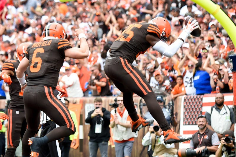Browns tight end David Njoku