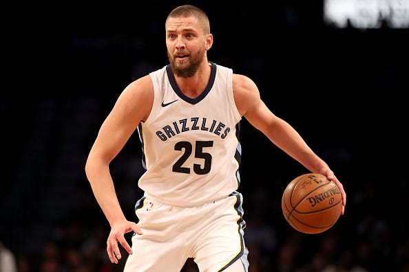 Chandler Parsons eyes to make a play for the Grizzlies.
