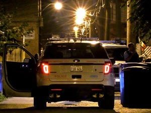 Police investigate a shooting about 11 p.m. Saturday, September 1, 2018 in the 6000 block of South Francisco Ave in Chicago. | Justin Jackson/ Sun-Times