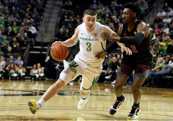 Oregon's Payton Pritchard drives to the hoop