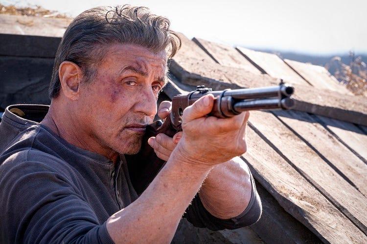 """El Nuevo Avance De La Película """"Rambo: Last Blood"""" Muestra Al Personaje De Sylvester Stallone Peleando En México Contra Bandas De Criminales Mexicanas"""