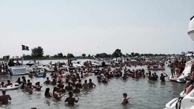 raft off muscanoot bay