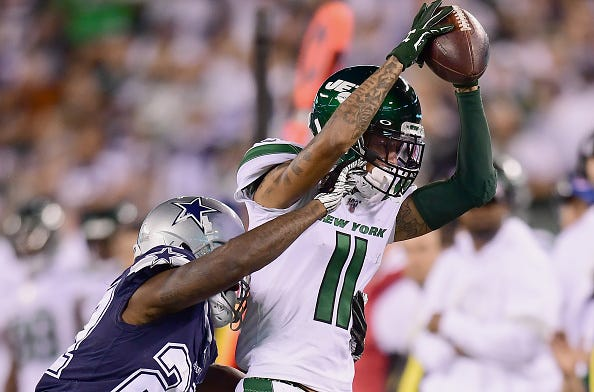 Robby Anderson makes a catch against the Cowboys in Week 6.