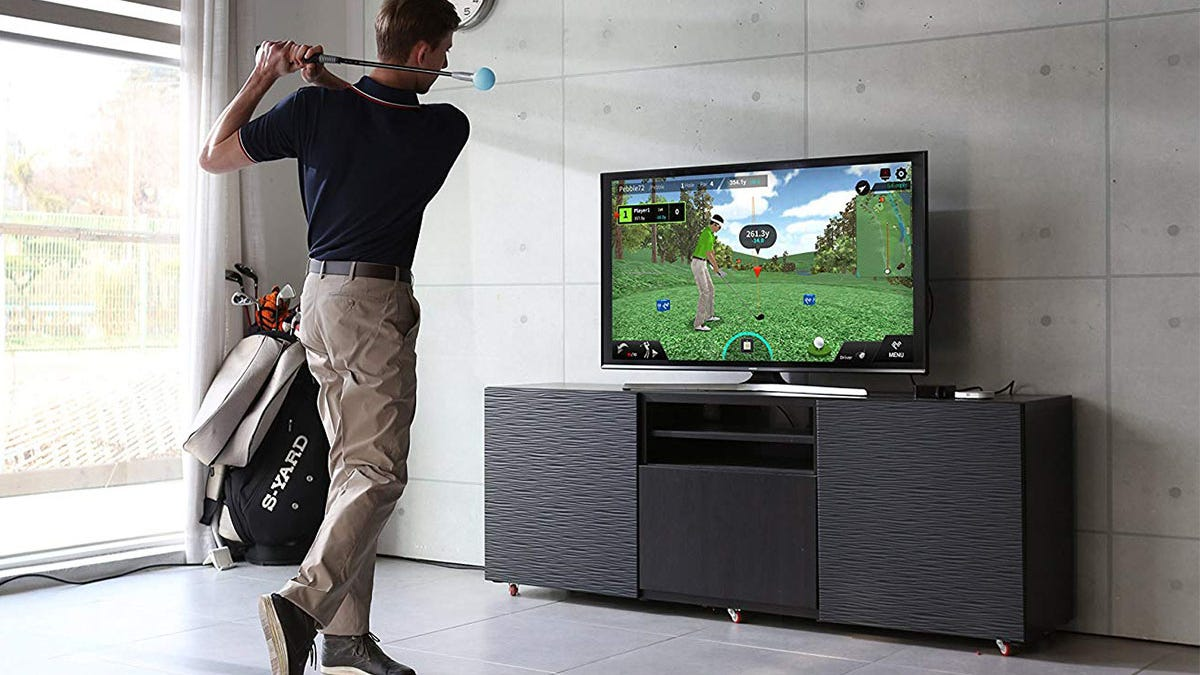 Save $60 on an Indiegogo-funded PhiGolf simulator and swing stick