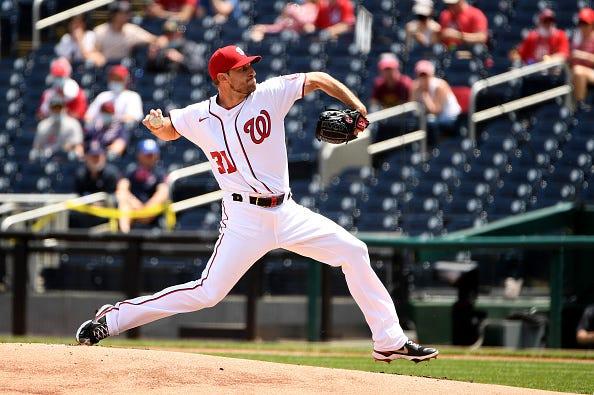 Max Scherzer pitchers for the Nationals
