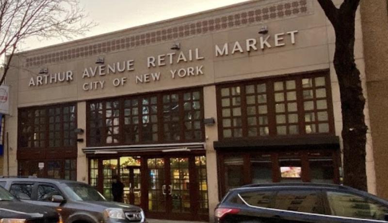 Arthur Ave Retail Market