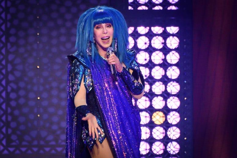 Cher, Singing, Concert, Blue Wig, 2019