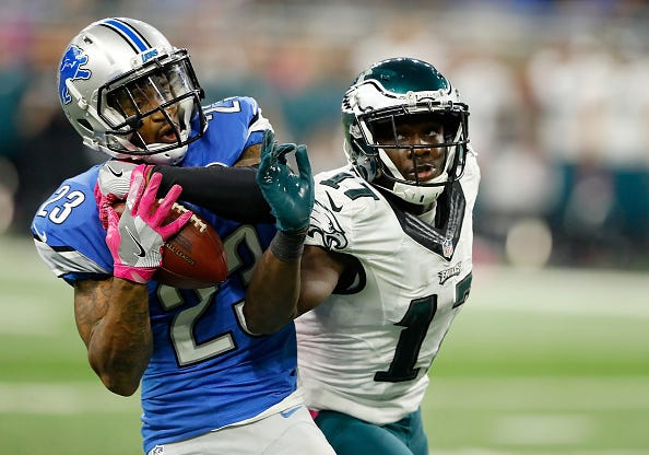 Lions CB intercepts a pass intended for Eagles WR Nelson Agholor.