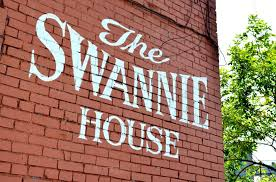 Swannie House