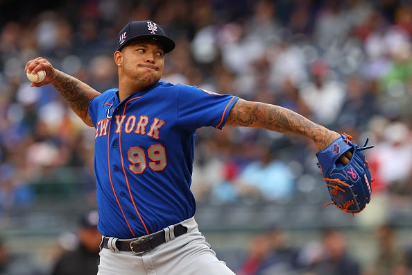 Taijuan Walker pitches for the Mets.