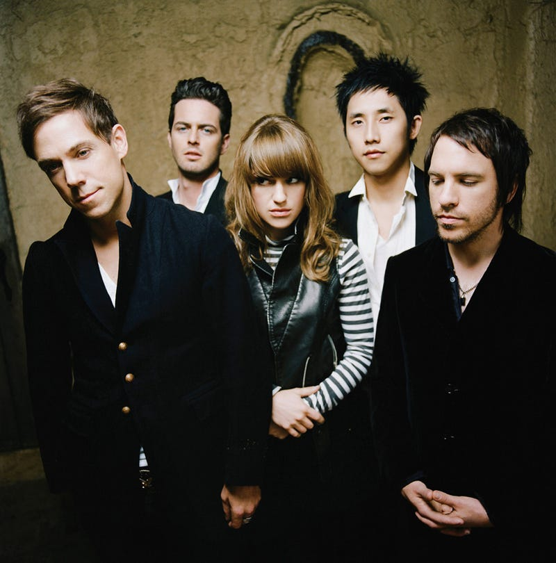 The-airborne-toxic-event-55