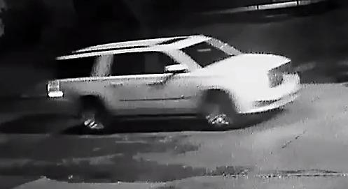 triple shooting suspect vehicle