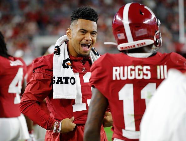 Tua Tagovailoa fires up his Alabama teammates.