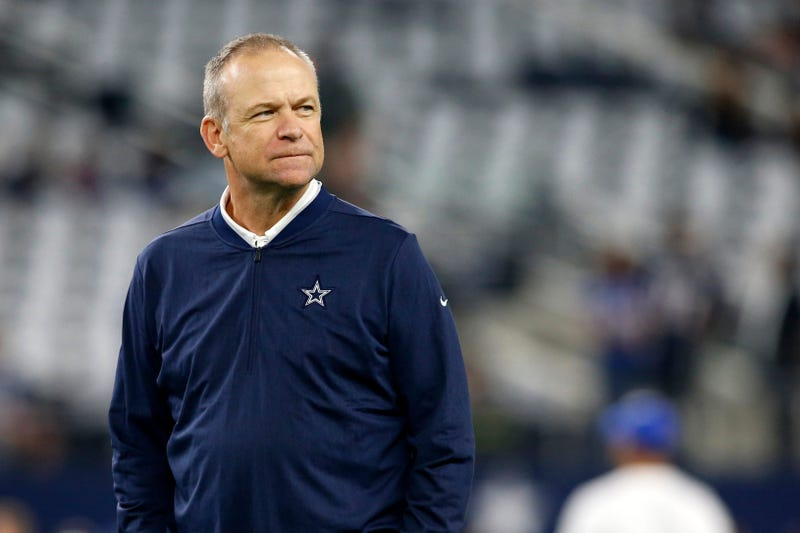 Dallas Cowboys offensive coordinator Scott Linehan on the field before the game against the New York Giants at AT&T Stadium.