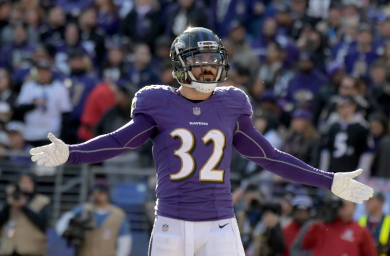 an 6, 2019; Baltimore, MD, USA; Baltimore Ravens free safety Eric Weddle (32) reacts against the Los Angeles Chargers during an AFC Wild Card playoff football game at M&T Bank Stadium