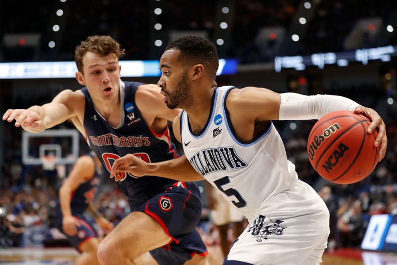 Villanova versus Saint Mary's
