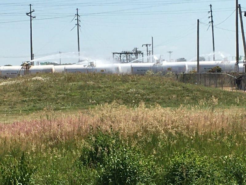 Wood River tankers leak