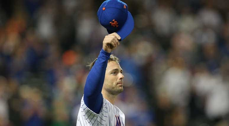 Mets third baseman David Wright tips his cap to the crowd after a game against the Miami Marlins on Sept. 29, 2018, at Citi Field.