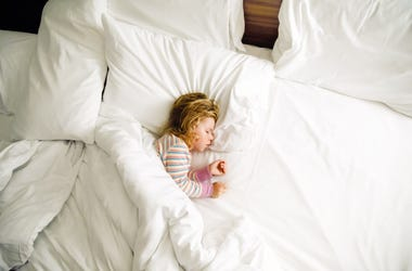 kid in bed