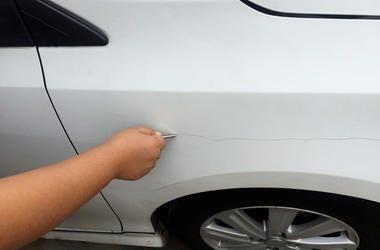 Car Getting Keyed