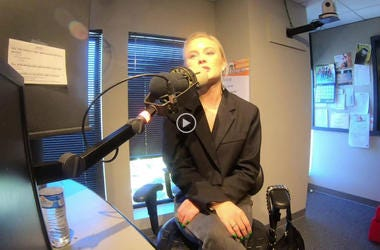 Zara Larsson At Alice 105.9