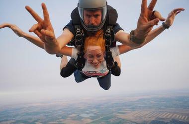 Erin skydiving