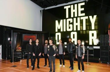 O.A.R. band members, Mikel Paris, Jerry DePizzo, Benj Gershman, Marc Roberge, Chris Culos, Jon Lampley and Richard On