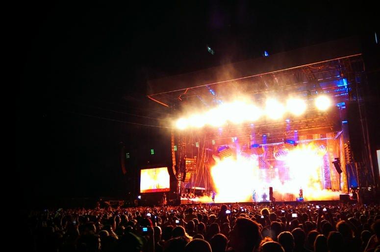 Live music. Rock concert.