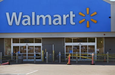 Osterlind: Man Without Mask Fights His Way Into Walmart (Video)