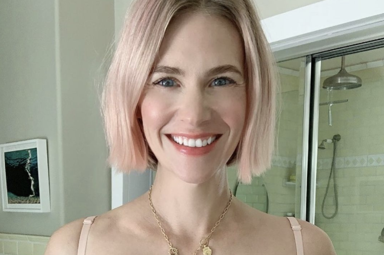 Osterlind: January Jones Shares Bra Selfie For Good Cause
