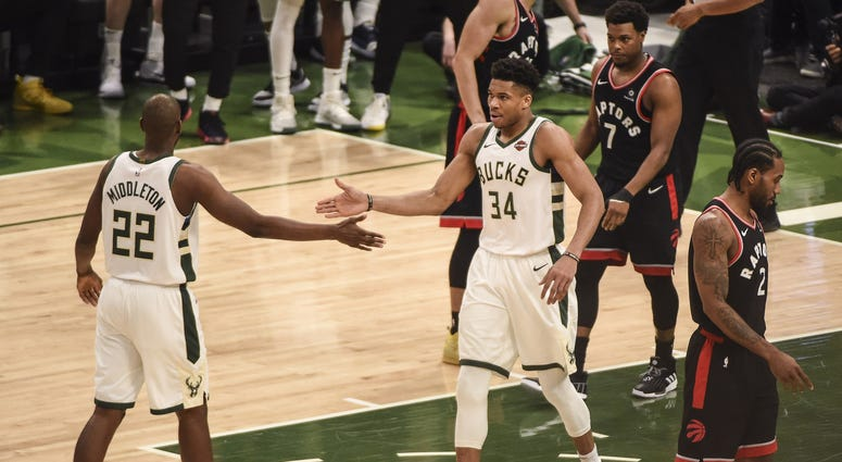 Giannis and Khris