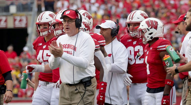 Wisconsin coach Paul Chryst likes what he sees from his team during the first half against Michigan. Mjs Uwgrid Uwgrid22 01234