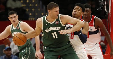 Brook Lopez and Ersan for the Milwaukee Bucks