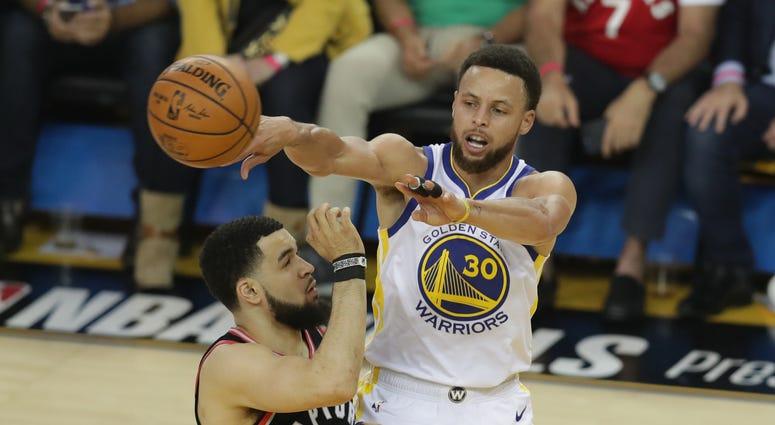 Steph Curry Warriors Raptors NBA Finals