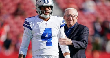 Dak prescott Jerry Jones Cowboys