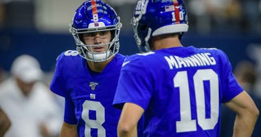 Giants Daniel Jones Eli Manning