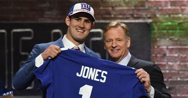 Daniel Jones Roger Goodell NFL Draft
