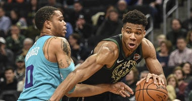 Milwaukee Bucks' Giannis Antetokounmpo Drives To Basket