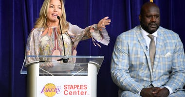 Jeanie Buss Shaq Lakers