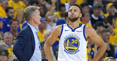 Steve Kerr Steph Curry NBA Finals Game 3