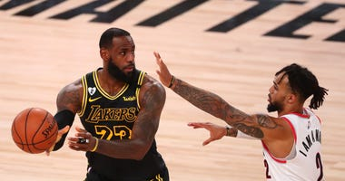 LeBron James Lakers Blazers