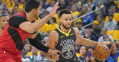 Steph Curry Warriors Trail Blazers NBA