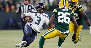 Russell Wilson Packers NFL Playoffs