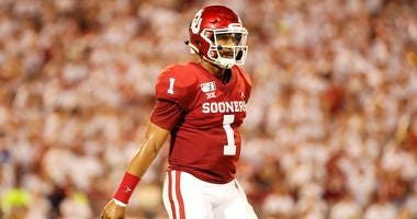 Oklahoma Sooners quarterback Jalen Hurts (1) in action during the game against the Houston Cougars at Gaylord Family - Oklahoma Memorial Stadium